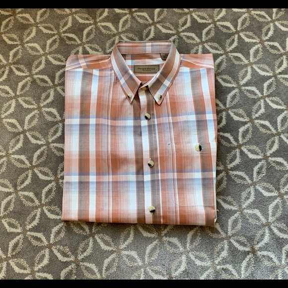 Clear Water Outfitters Other - Men's casual button down short sleeve shirt.